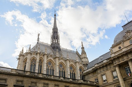 Sainte-Chapelle from the courtyard of the Palais de Justice